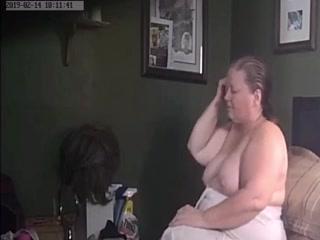 Сын снял на видео, как трахает мамулю - порно для дрочки дома
