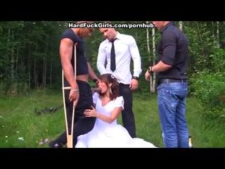 Секс с молоденькой невестой на свадьбе лучшего парня города!