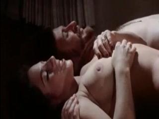 Секс видео зрелых дам, которые любят сосать и ебацца с молодыми пар