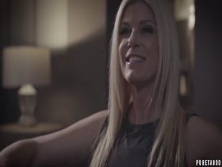 Порно видео о том, как мама трахается со своей дочкой